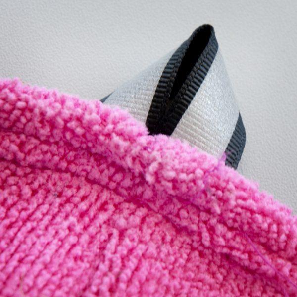 Chilly-Dogs-Bademantel-soaker-robe-Pink-detail-aufhaengelasche2